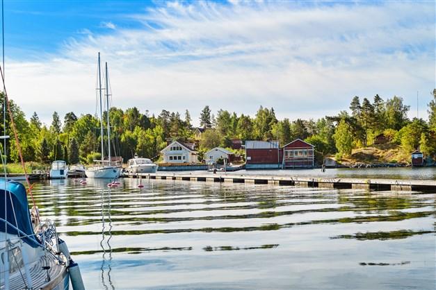 Vackra Stämmarsund med båtplats