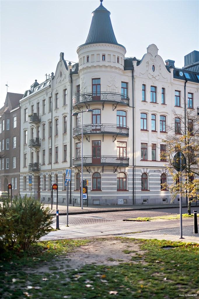 Fastigheten är väldigt vacker i sin arkitektur och utformning