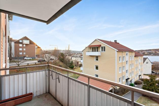 Fin balkong med västläge.