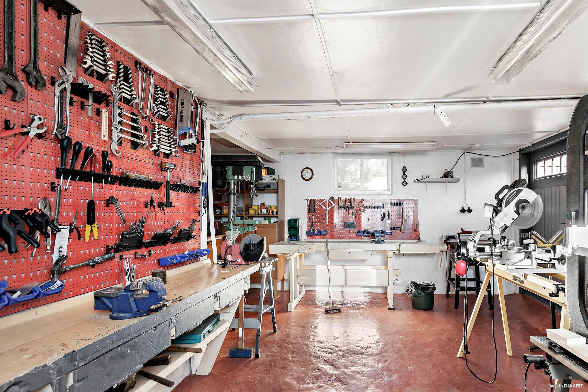 Härligt hobbyrum, en dröm för hemmafixaren