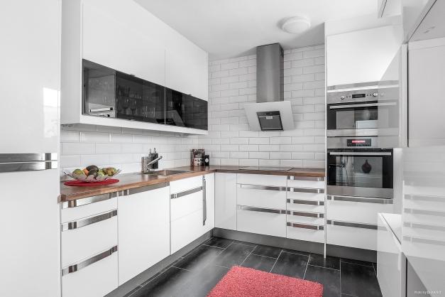 Funktionellt och praktiskt kök.