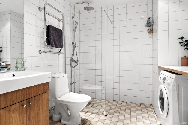 Helkaklat och fräscht badrum