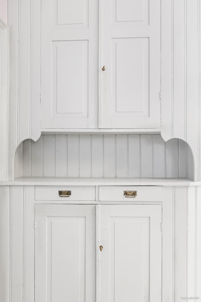 Serveringsskåp bevarat i köket