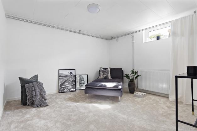 Sovrum 3 i källaren