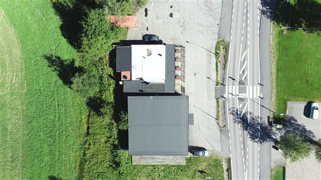 Översiktsbild. Jämför med fastighetskarta, nästa bild.