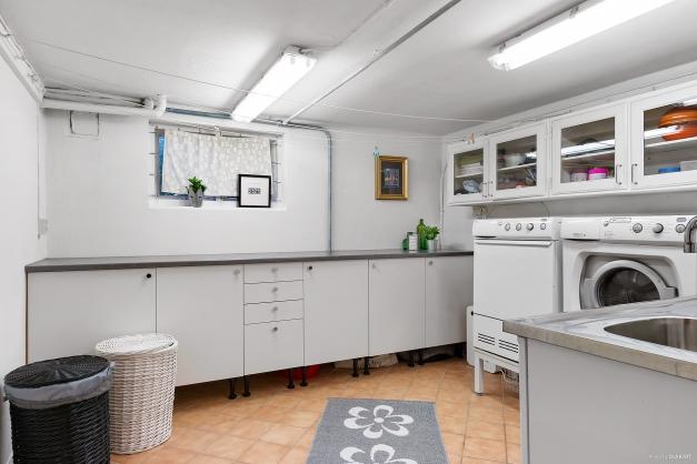 Praktisk och funktionell tvättstuga