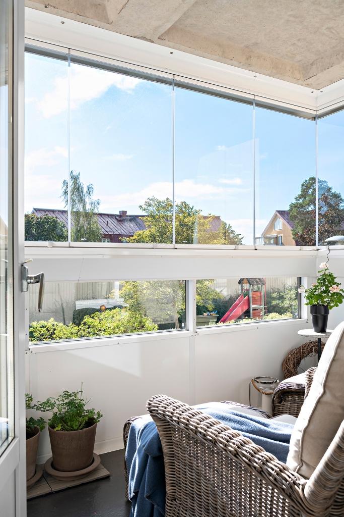 Inglasade balkongen