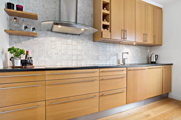 Snyggt kök med bra arbetsytor