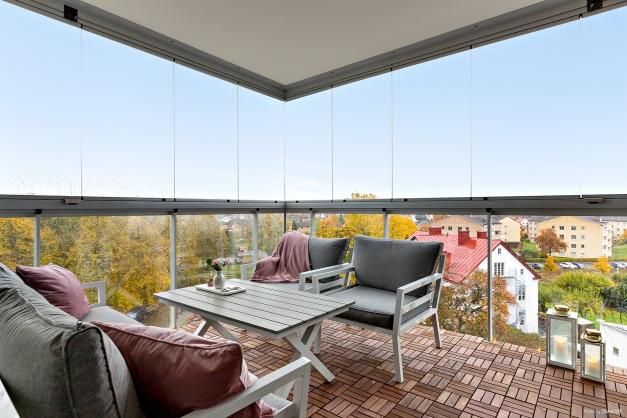 Inglasad balkong i söderläge