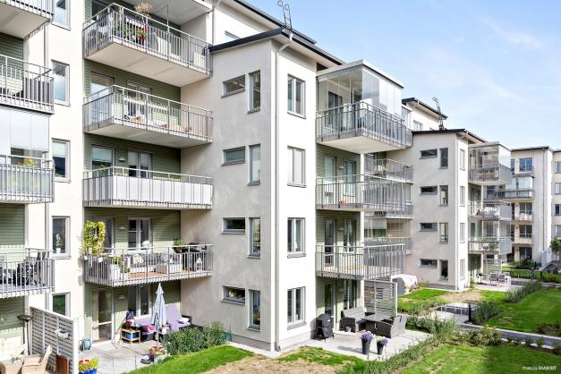 Innergård med balkong i soligt söderläge!
