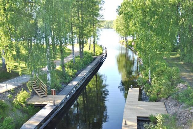 Dalslands kanal mot södra spetsen av sjön Lelången
