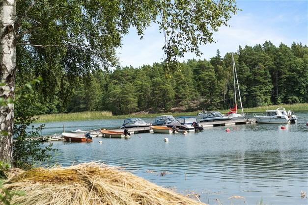 Båtbryggan med båtplats