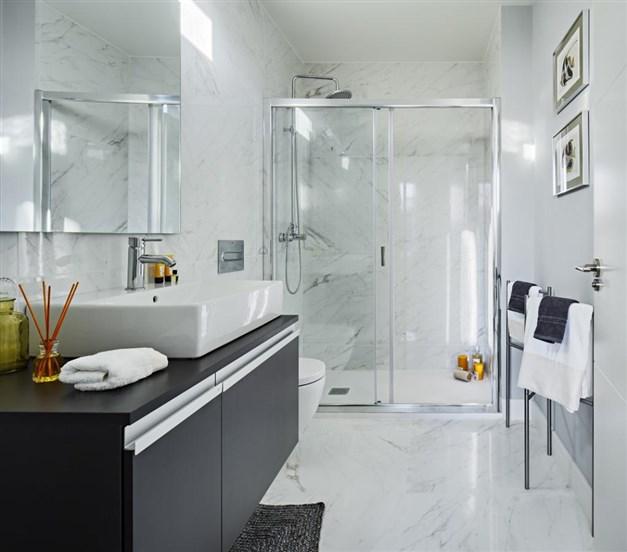 Bild från visningshus - Stilrent badrum