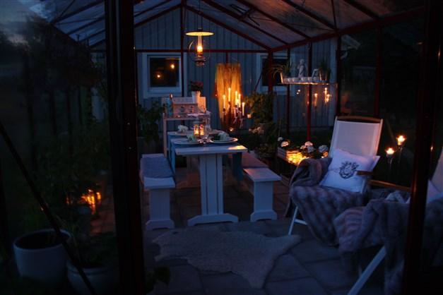 Kvällsbild växthus (Säljarnas egna bild).