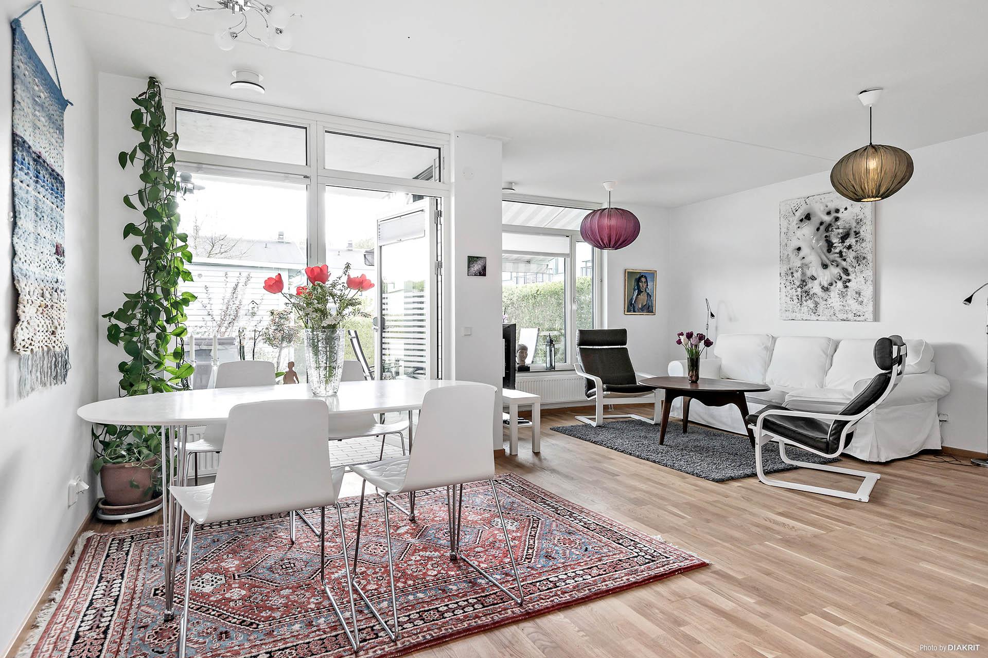 Vardagsrum med matplas