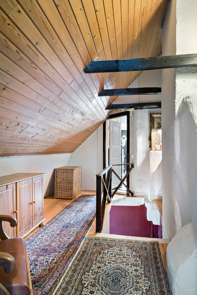 Övervåning med allrum och två sovrum