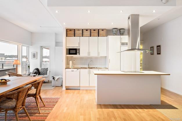 Köksön blir den naturliga samlingspunkten vid fester, frukost och matlagning.