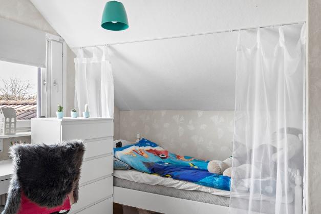 Sovrum 3, övervåning