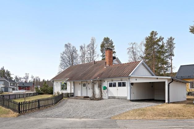 Välunderhållen 1½-plans villa