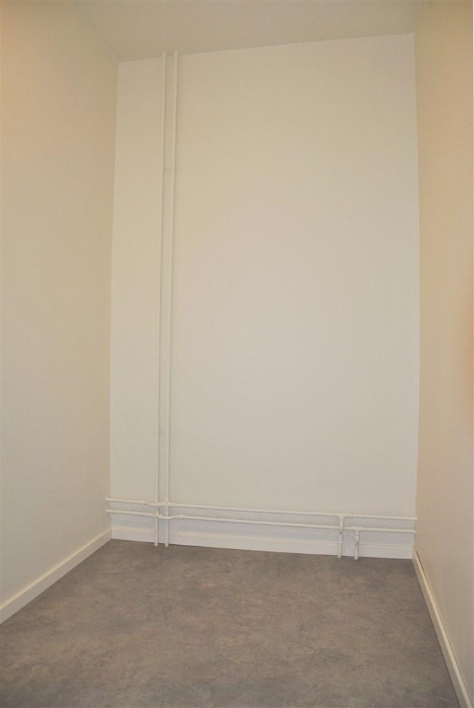 Förråd i lägenheten, kan användas som kontor, walk in closet eller varför inte som ett sovrum.