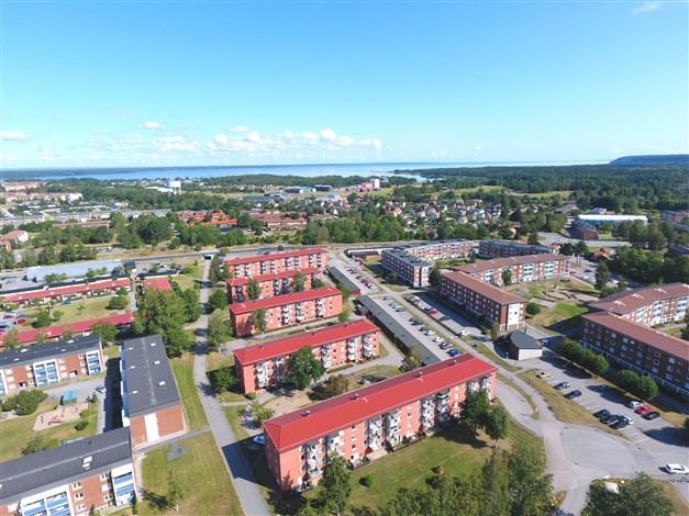Områdesbild med Vänern i bakgrunden