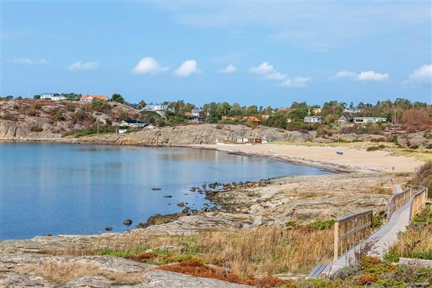 En av många stränder i Åsa, Vita sand