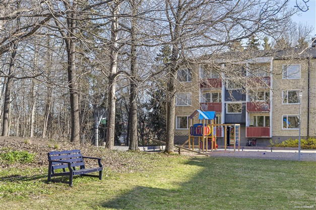 Innergården med lekpark