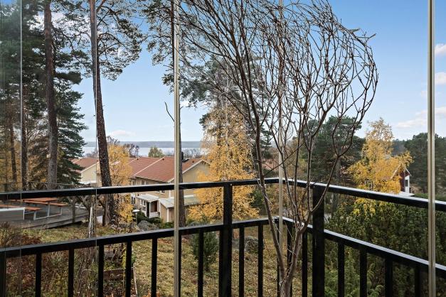 Sjövy från balkongen