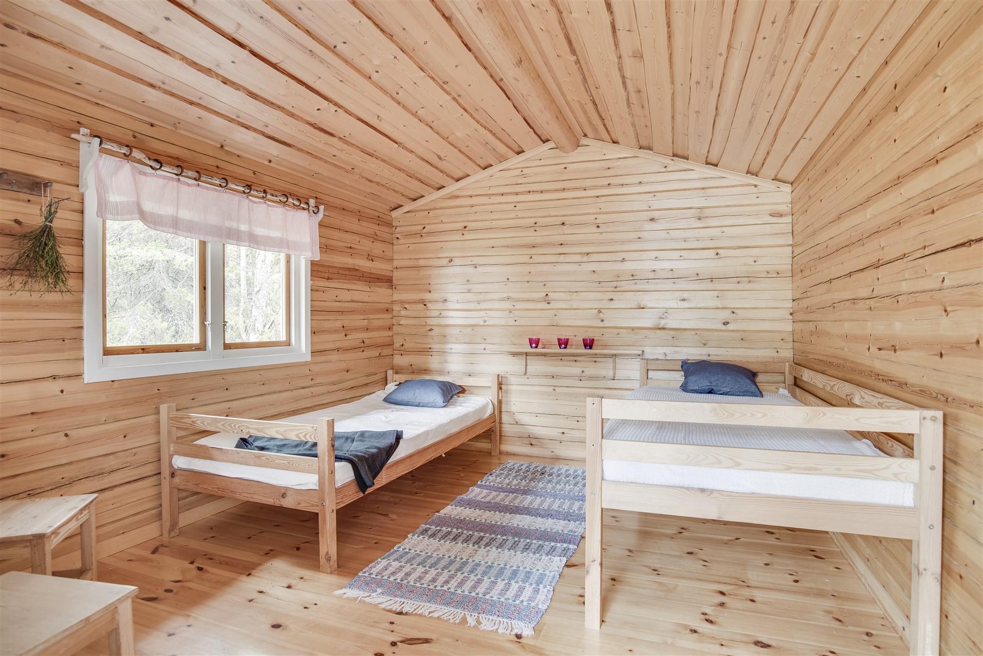 Sovrum i gäststuga