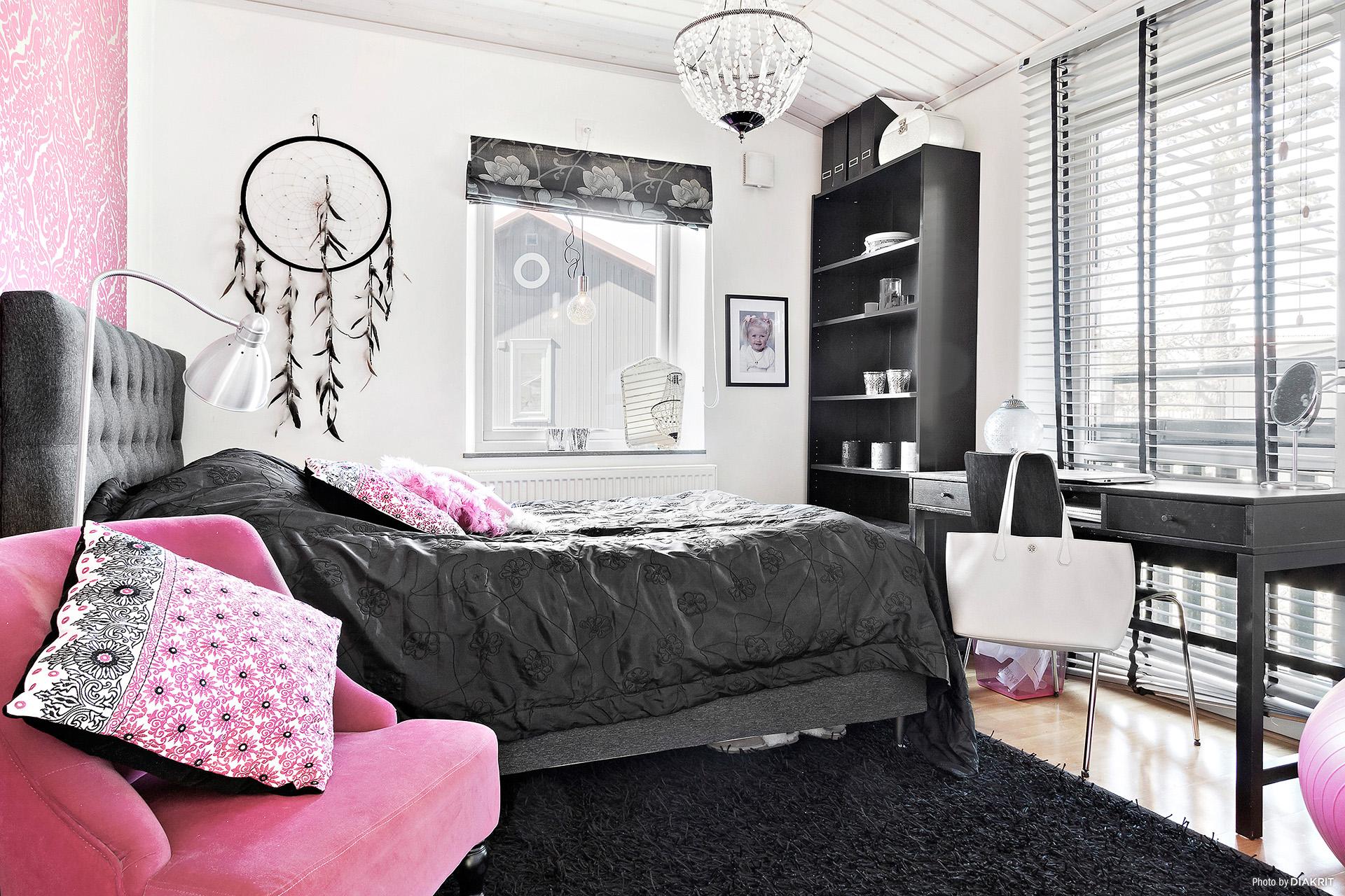 Sovrum med fransk balkong