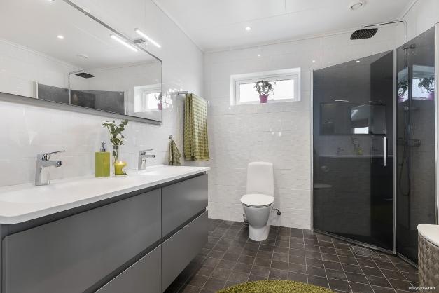 Toalett/dusch i anslutning till sovrum