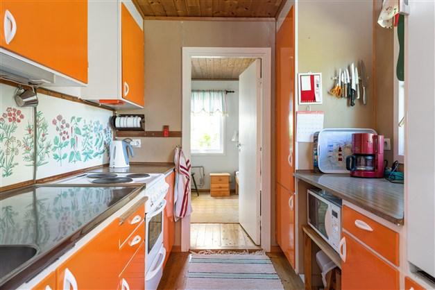 Köket sett mot det tredje sovrummet