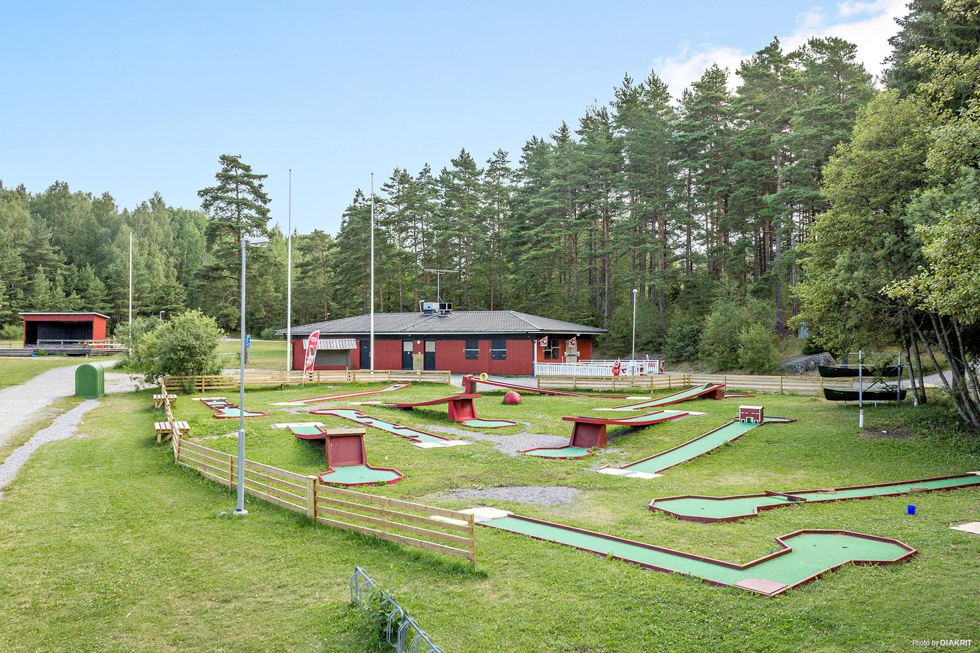 Minigolf vid Lillsjöbadet
