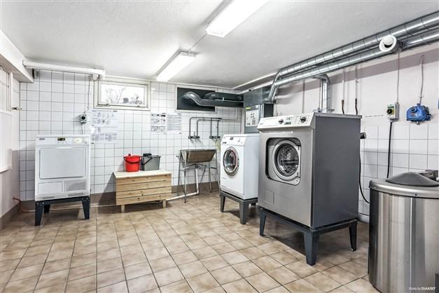 Gemensam tvättstuga beläget på Tullportsgatan 5.