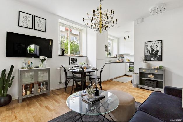 Rum och kök med öppen planlösning