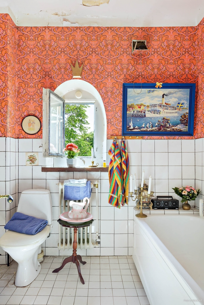 Ett av husets badrum