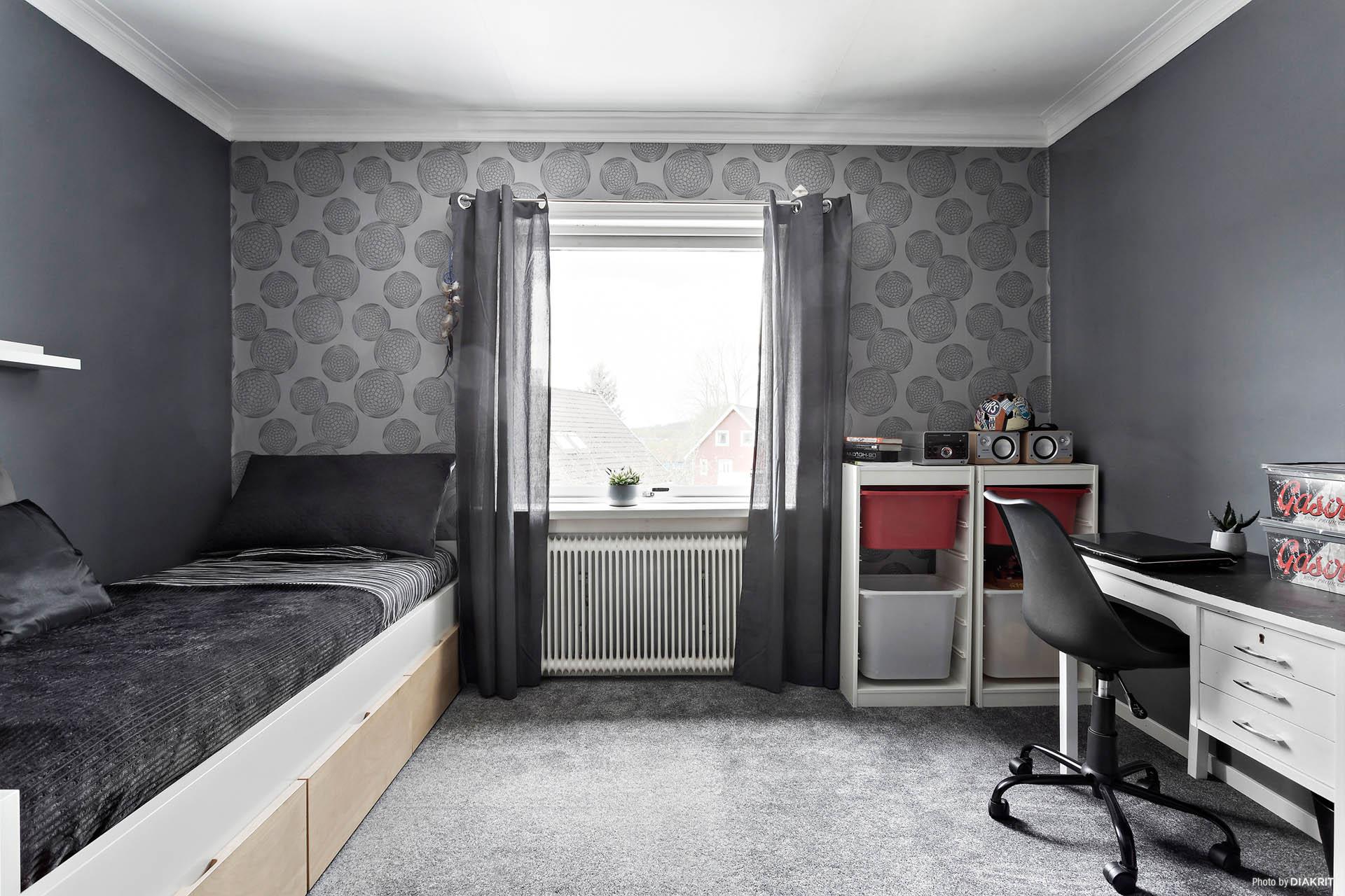 Sovrum 3 med en klädkammare till