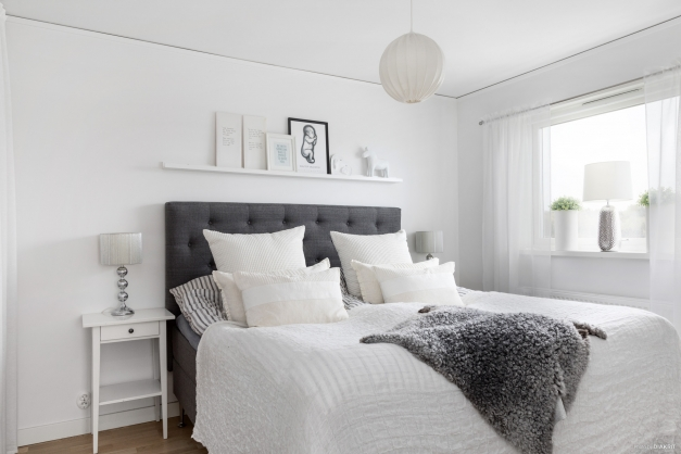 Sovrum 1/Master Bedroom