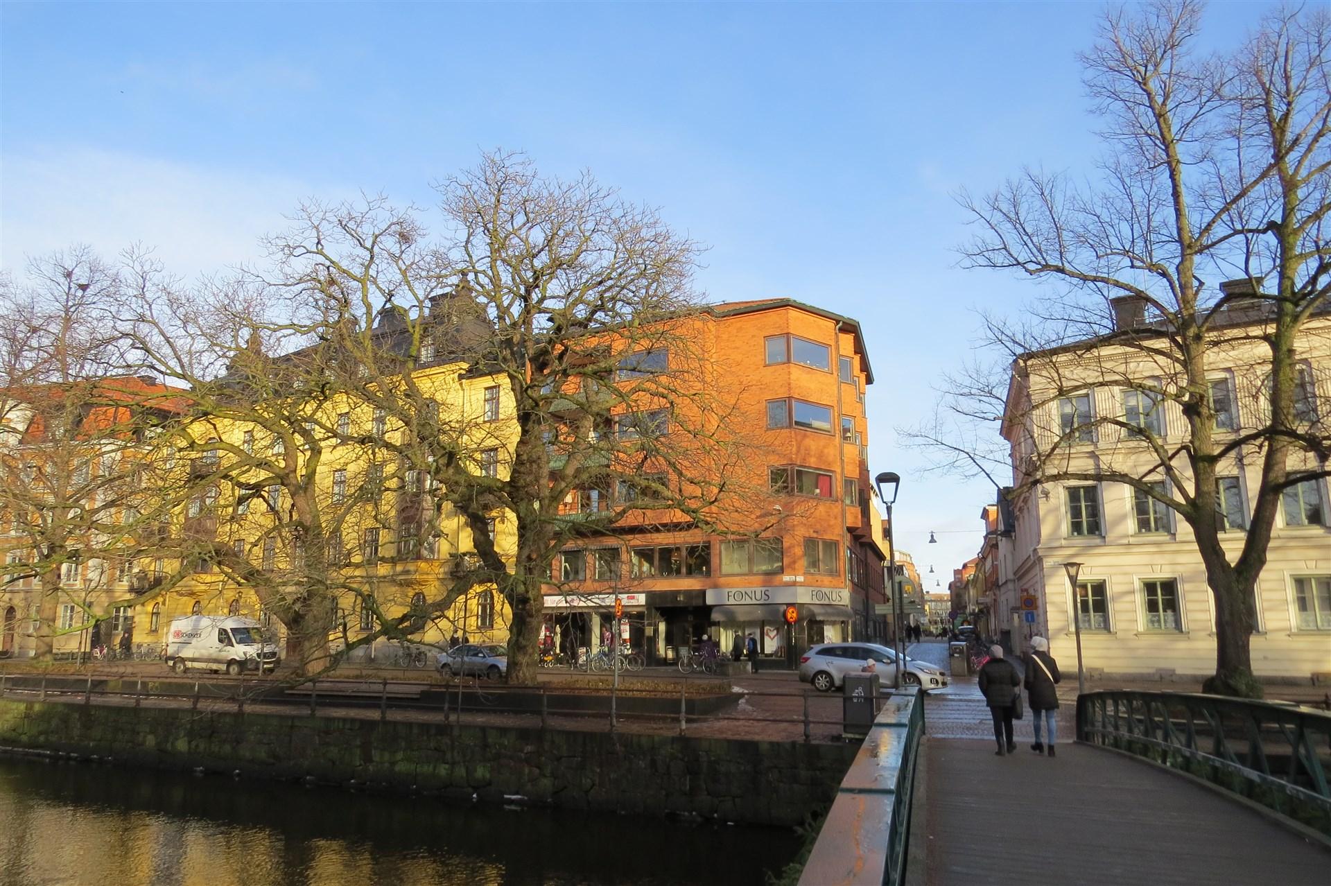 Östra Ågatan 39