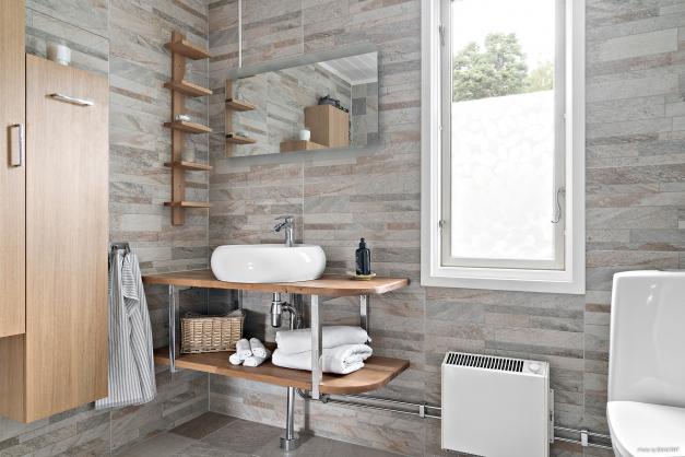 Renoverat badrum övre plan