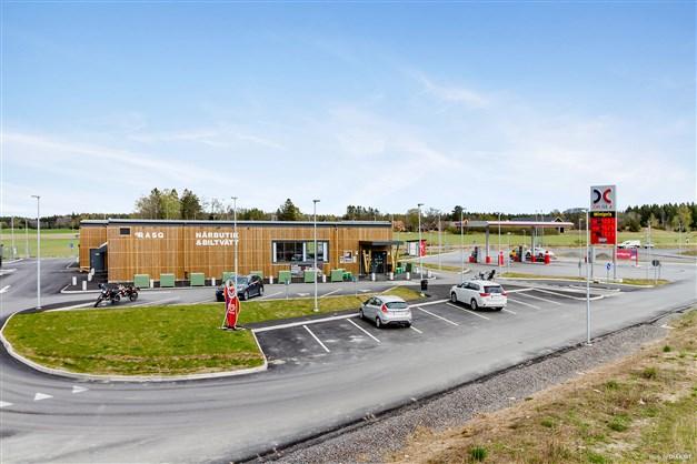 Rasq Närbutik och bensinstation i Fullerö Hage