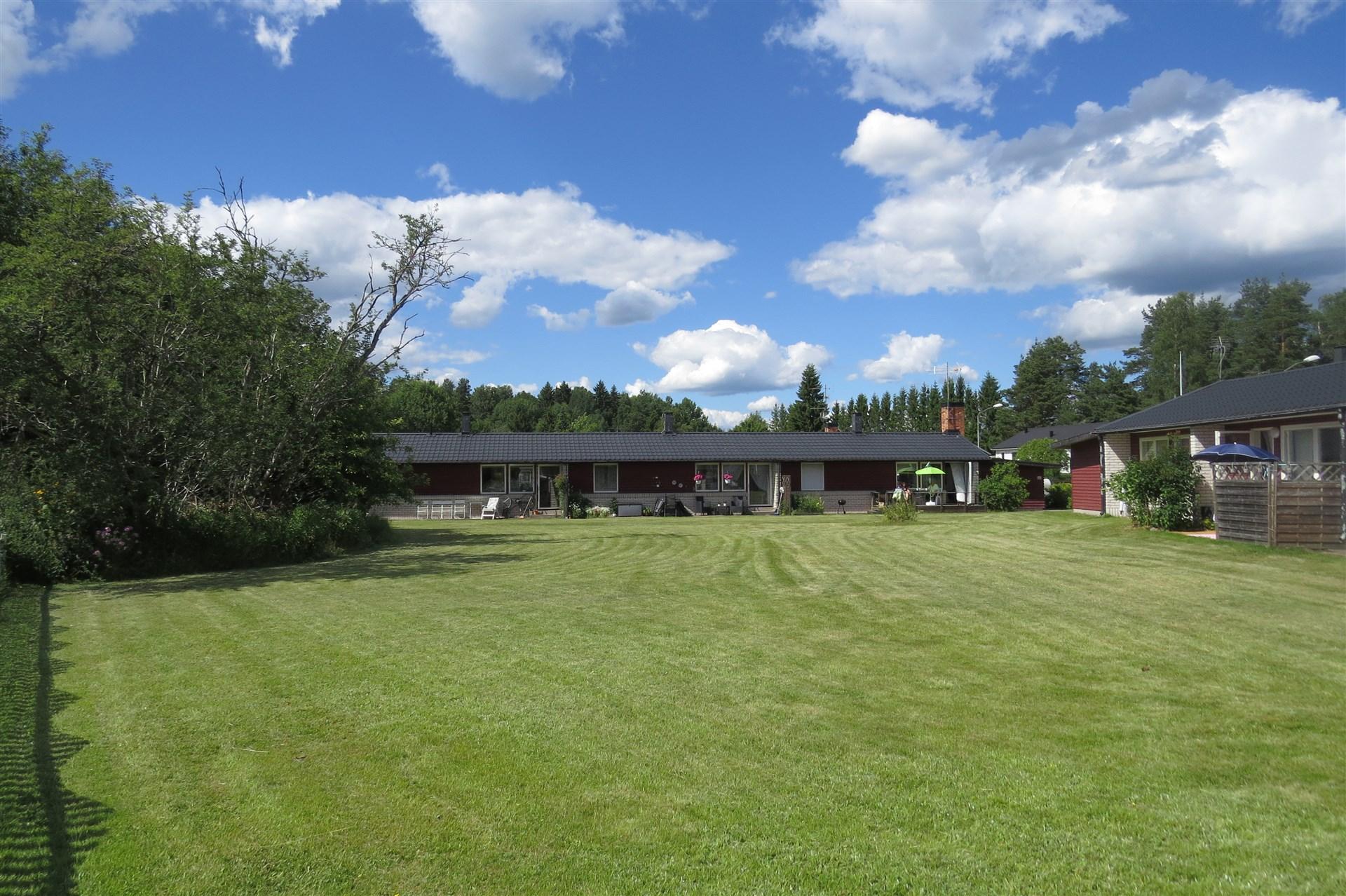Knutby Videväg 9-15