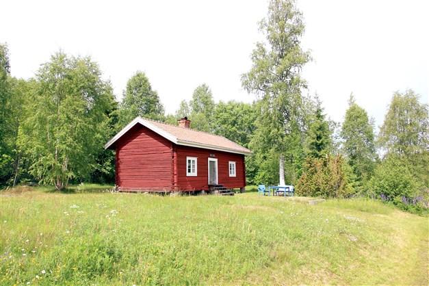 Välkomna till Storängsvägen 28 - charmig vallstuga på Knåpvallen, Norrbo!