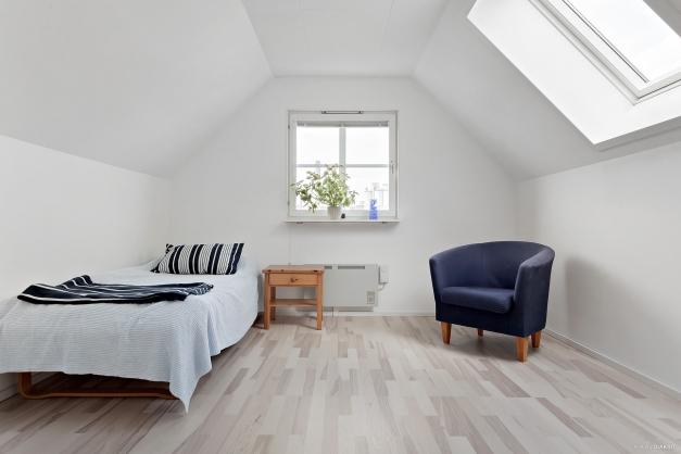 Sovrum ovanvåning