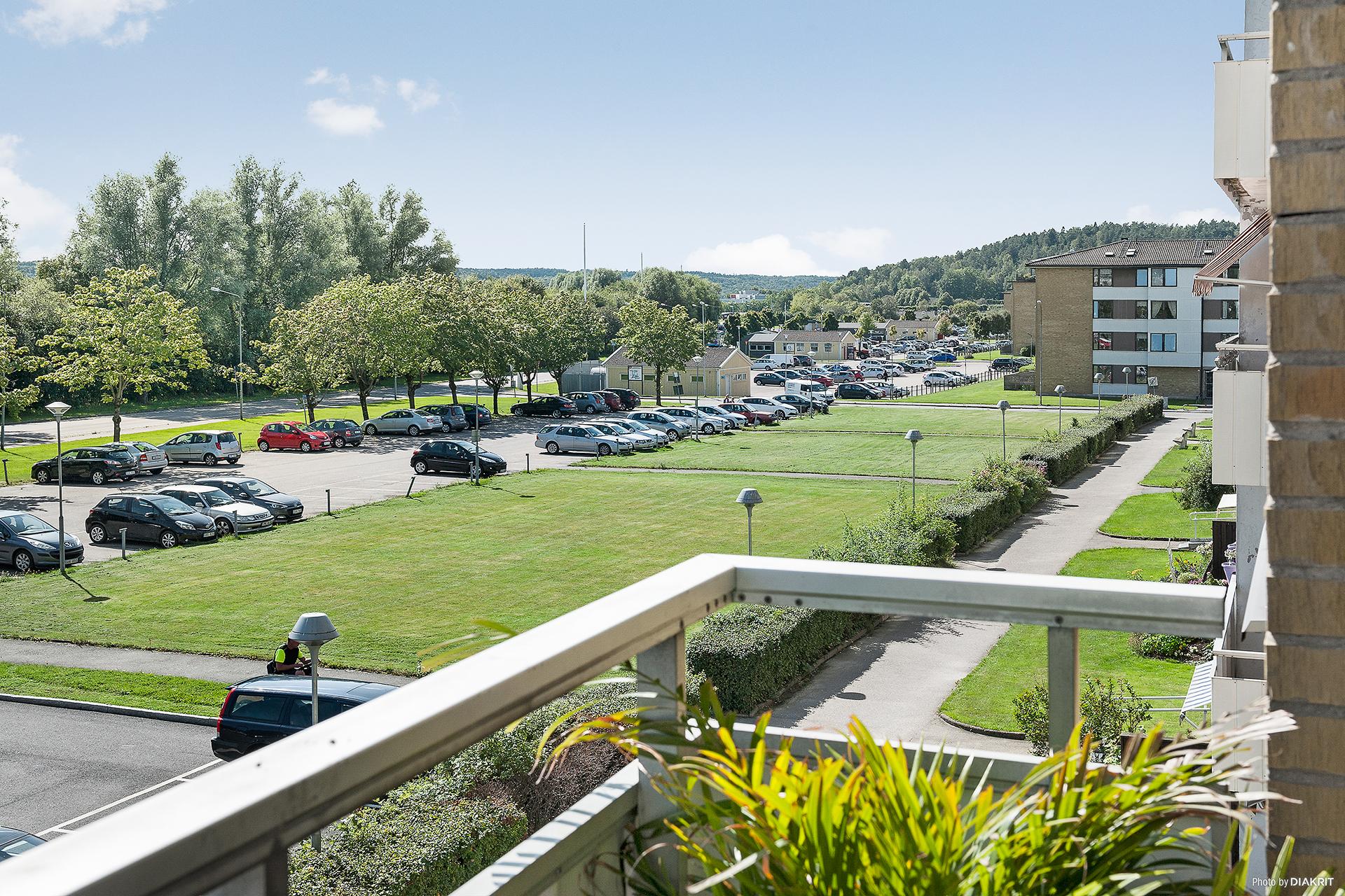 Utsikt från balkong.