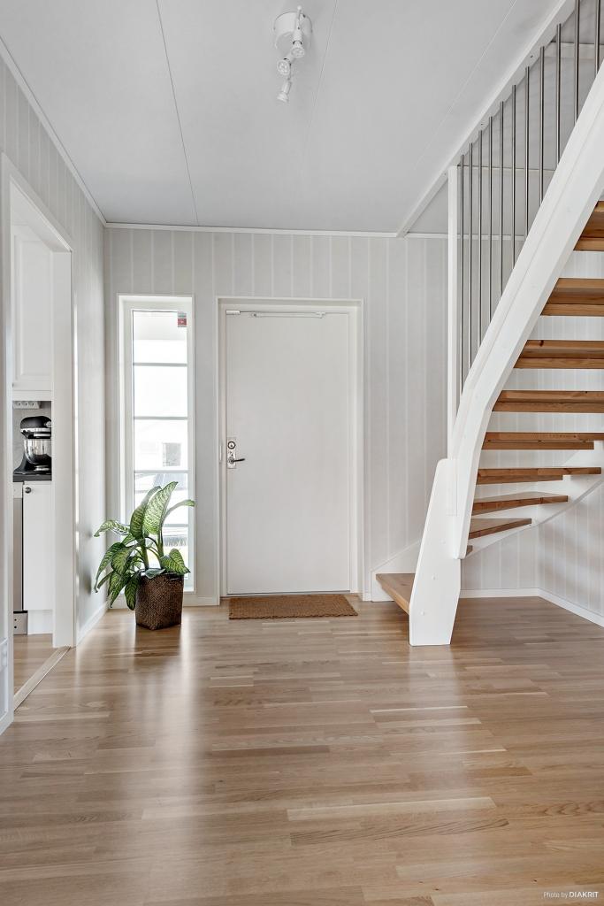 Trappan upp till den oinredda ovanvåningen