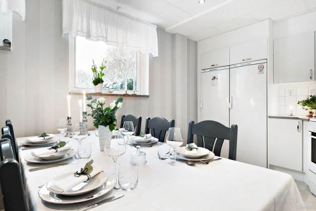 Kök med matplats för 6 personer