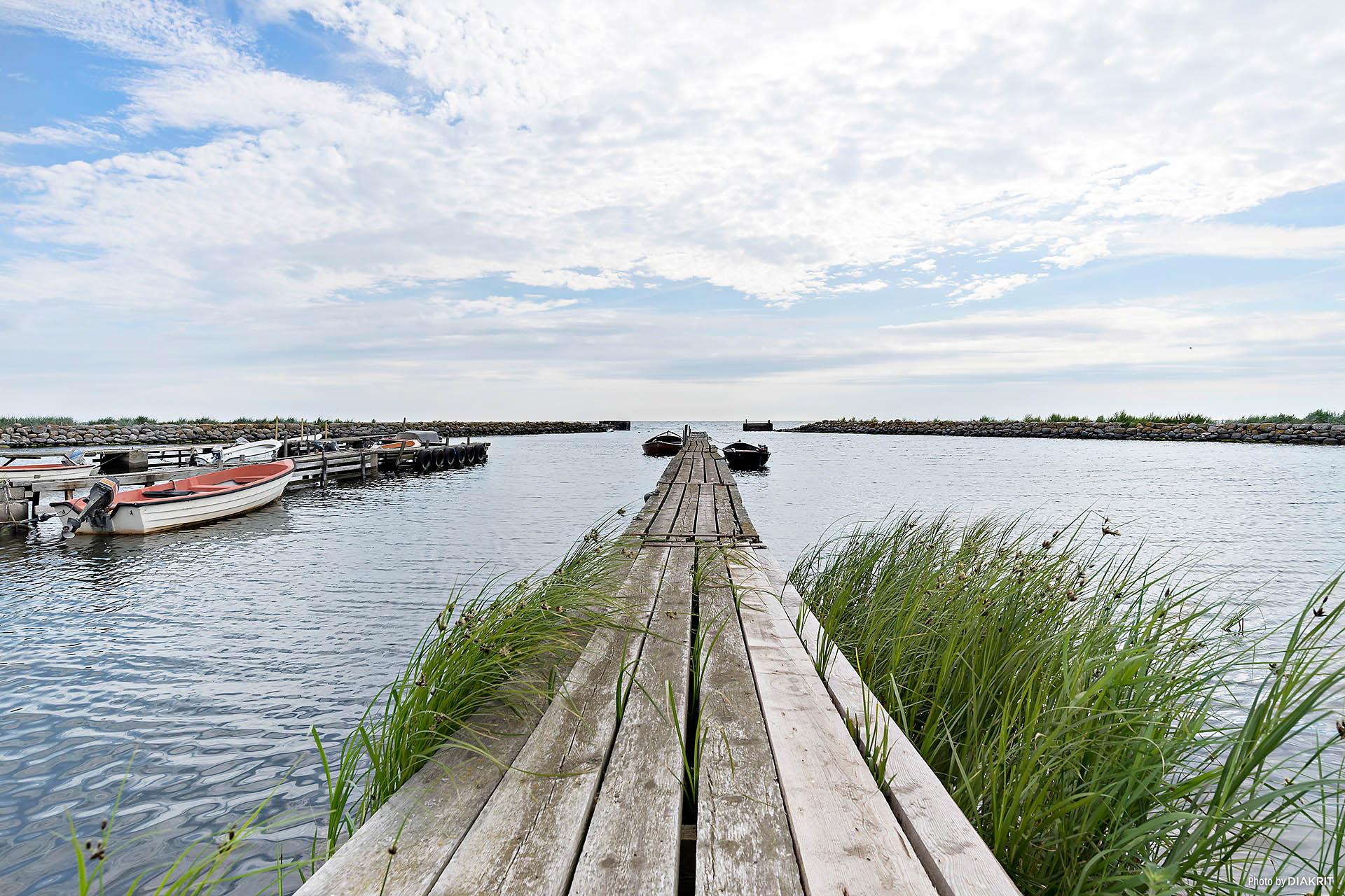 Hamnen med lediga båtplatser