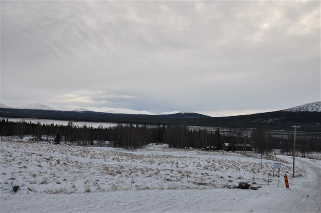 Utsikt söderut över Ottsjön och fjällen