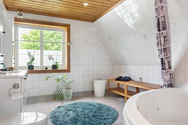 Badrum på husets andra våning
